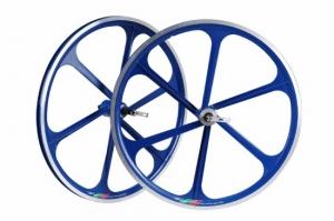 единая конструкция спиц и колеса