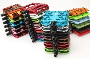 Цветные педали