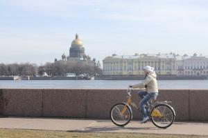 Велосипедист в Санкт-Петербурге