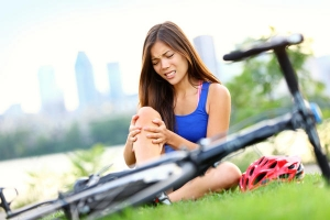 Поберегите коленки, катаясь на велосипеде