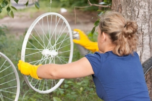 Покраска велосипедного колеса из баллончика