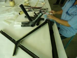Производство карбоновых рам в Китае